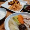 白菜と豚肉の煮物とサツマイモ素揚げ