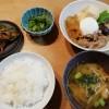 肉豆腐ときんぴらの和食献立