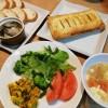 キーマカレーの残りでミートパイ&牡蛎のオイル漬け