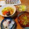 サバ寿司、サツマイモのサラダ