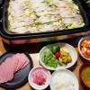 金華豚とキャベツの蒸し焼き