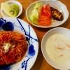 トマトソースのリメイクパスタ