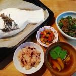 鯛の塩釜焼き、大豆五目煮