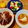 カルビ丼と茹で鶏のスープ