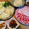 金華豚の豚しゃぶ、根菜の煮物の献立