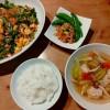 ニラと春雨の炒め物、鶏肉団子のスープ